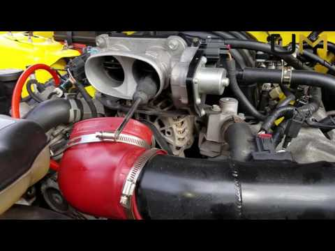 2005 - 2010 Ford Mustang GT Throttle Body Cleaning
