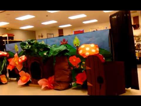 Alice in Wonderland school play - Stage Props