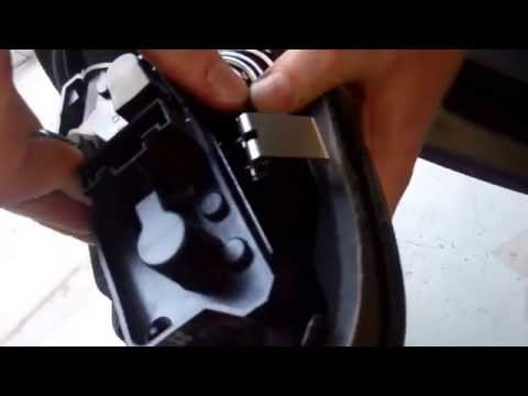 How to remove rear lights on a BMW Mini Convertible R52 bulb