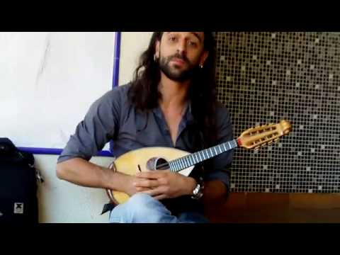 Mandolin Lessons - #3: Moving across strings