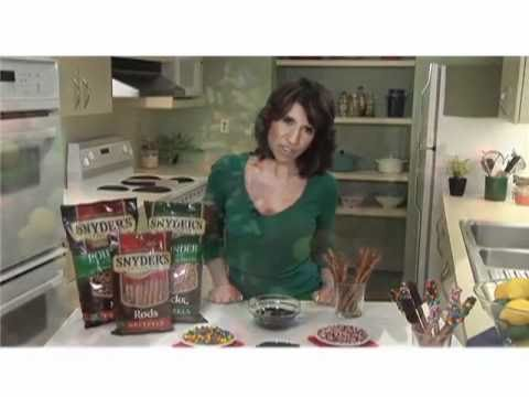 [Family Circle] How to Make Chocolate Covered Pretzels