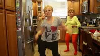 Golden Sisters Nae Nae Dance