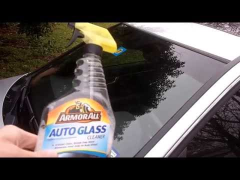 How To Super Clean The Windshield On Your Car