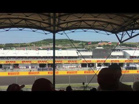 F1 2017 Hungaroring - Drivers passing start-finish straight