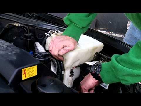 w208 Mercedes windshield washer fluid bottle removal