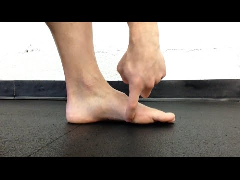 Exercise To Fix Flat Feet 💪 The Short Foot Exercise (Frank Daniels)