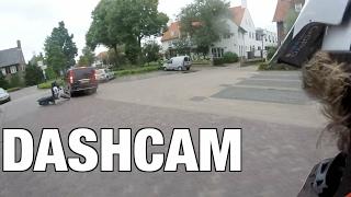 Download Brommerhufter keihard onderuit Video
