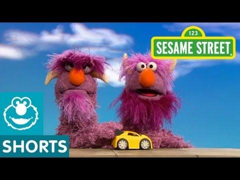 Sesame Street: Two-Headed Monster Takes Turns