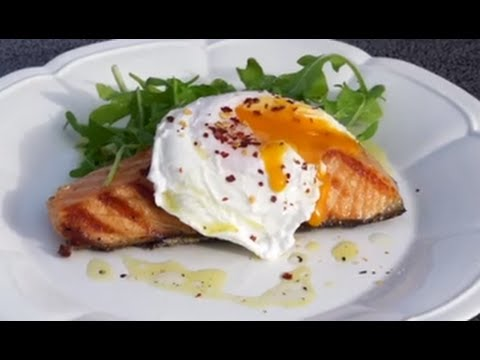 How to make Hot Salmon & Rocket Salad with Poached Egg Recipe - Sydney Harbour Kitchen-Ep1