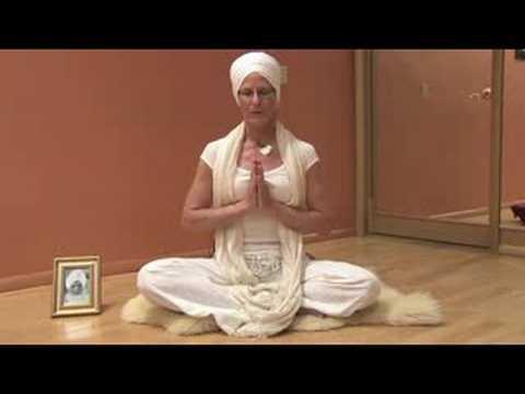 Kundalini Yoga Basics : Learning Mantra in Kundalini Yoga
