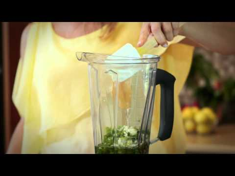 How to Make Your Own Healthy Salad Dressing : Fit Food