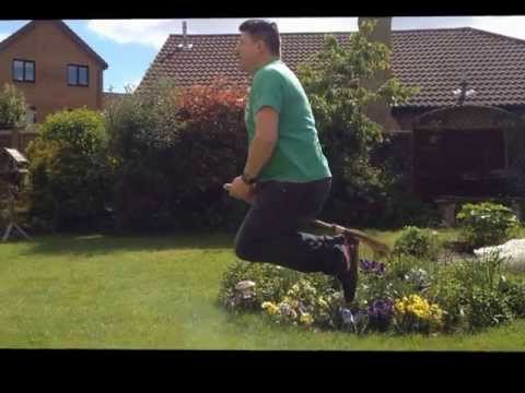 FUNNY,  HARRY POTTER REAL LIFE - HOW YOU FLY A BROOM!!