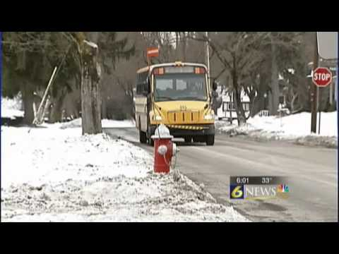 Parent questions district policy after daughter is put on wrong bus