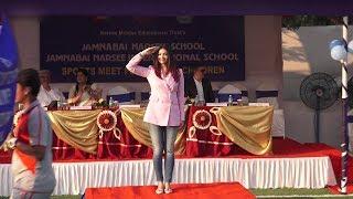 Aishwarya Rai In Aaradhya Bachchan
