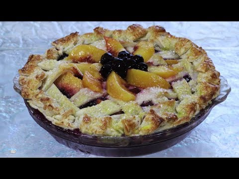 How to Make the Ultimate Peach and Berry Pie