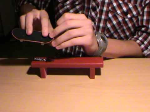 Tutorial: How to Kickflip/Kickflip Nosegrind on a Fingerboard
