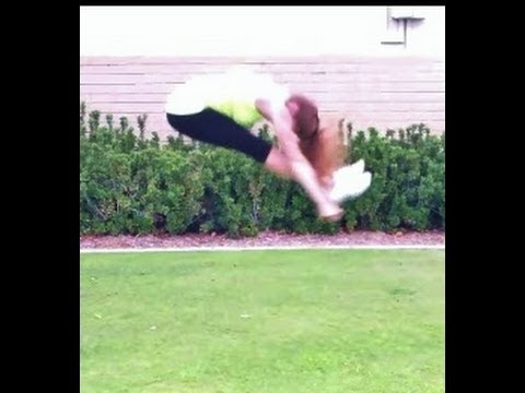 Cheerleading: How To Do A Pike Jump With Coach Meggin