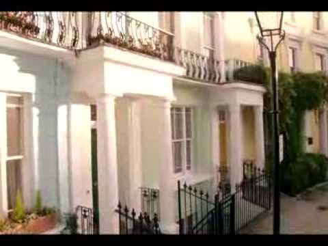ONE MAN MOVIE Peter Capaldi in Paddington