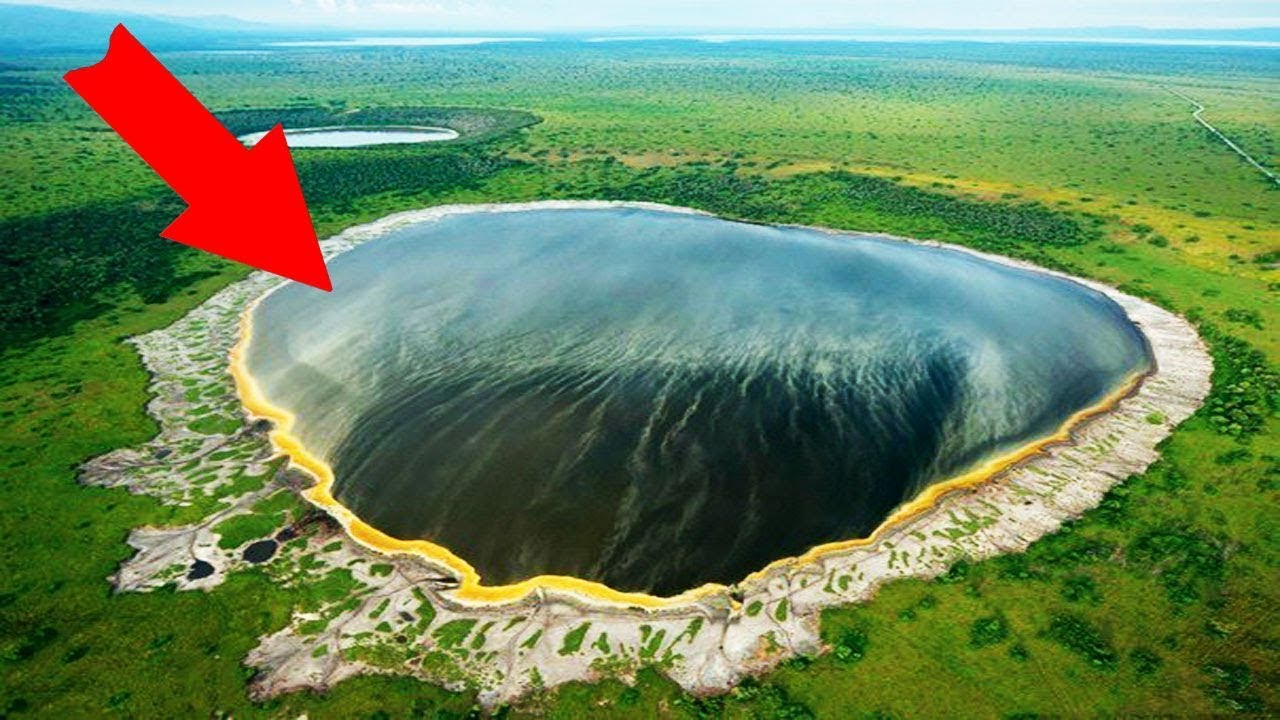 Top 10 Most Horrifyingly Mysterious Lakes in the World!