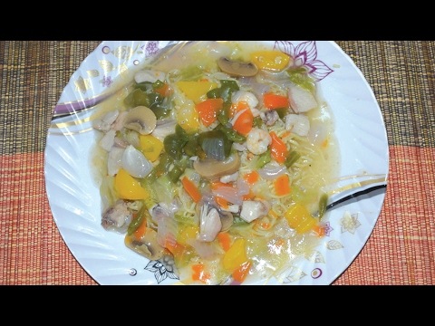 Chinese Gravy Noodles - Restaurant Style Gravy Chowmein Recipe