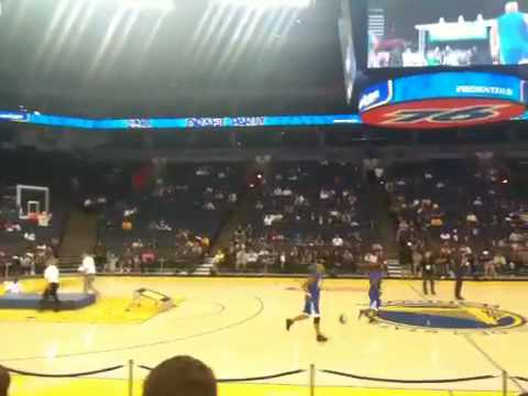 Flying dubs in Oracle stadium