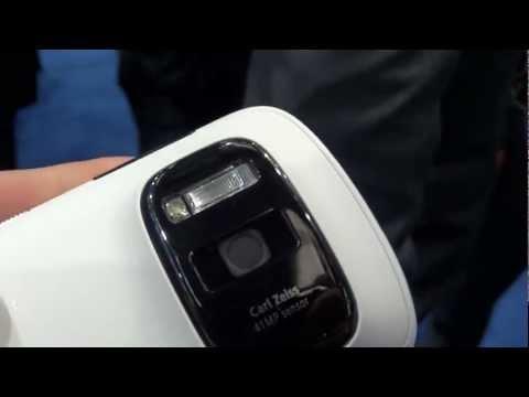 Nokia 808 PureView 41 megapixel Hands On | pestaola.gr