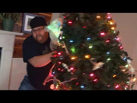 ANGRY BOYFRIEND RUINS CHRISTMAS