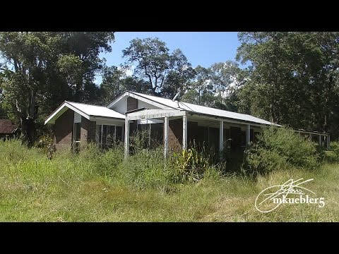Abandoned house with far more interesting shed
