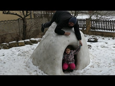 How to make an igloo for children's play