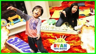 The Floor is Lava challenge obstacle course giant food candy! Family Fun Kids Pretend playtime