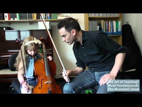 Cello Lesson: Leandro Silvera: 1 Banana Thumb