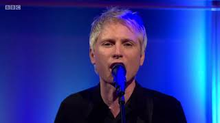 Franz Ferdinand - Paper Cages (Live on The Andrew Marr Show 07/01/2018)