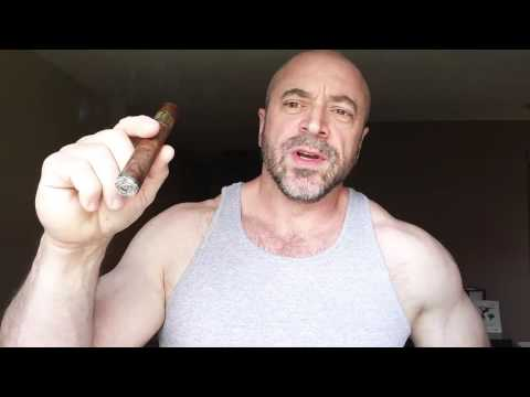 Critics: You Don't Inhale Cigar Smoke
