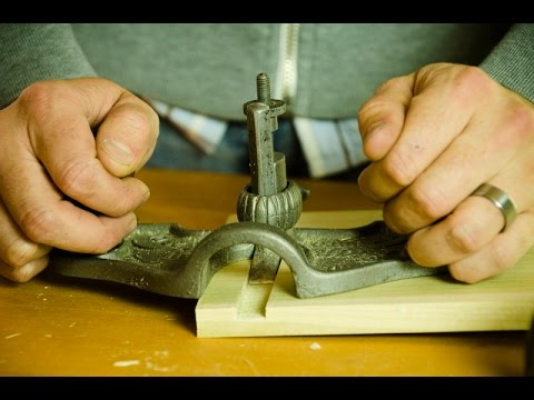 How to Cut a Dado Joint with Hand Tools