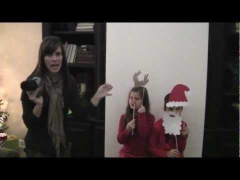 DIY: Christmas Photo Booth | ShowMecute