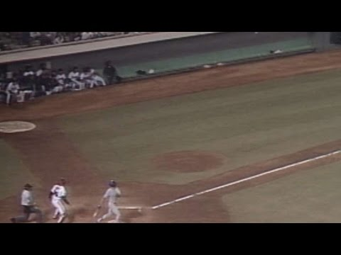 TEX@CAL: Hulse fouls four into Angels' dugout