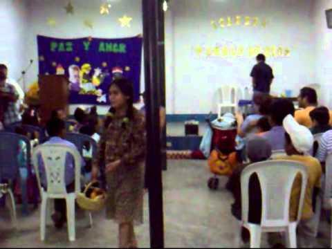 compartiendo la navidad con los niños 2010