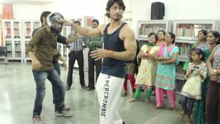 Vidyut Jamwal Teaches Self Defence