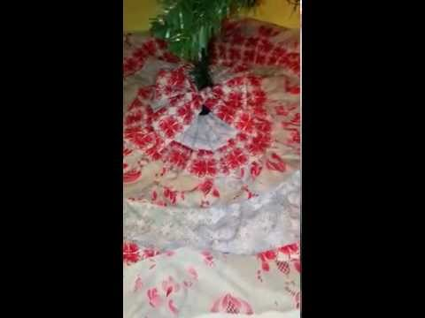 Easy ruffled tree skirt (no sew)