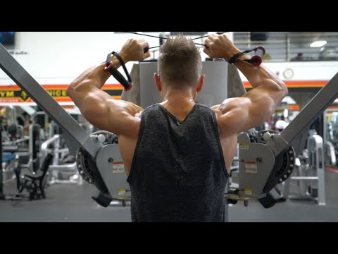 How to develop your Rear Deltoids & Trapezius