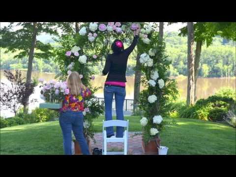 Designing A Wedding Arch With Flowers