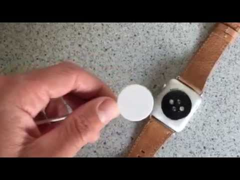 How to charge the Apple Watch