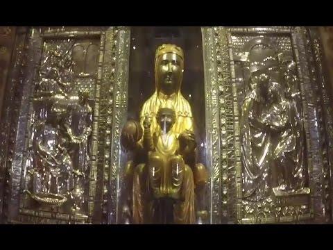 A Walking Tour of the Bascilica of Santa Maria de Montserrat
