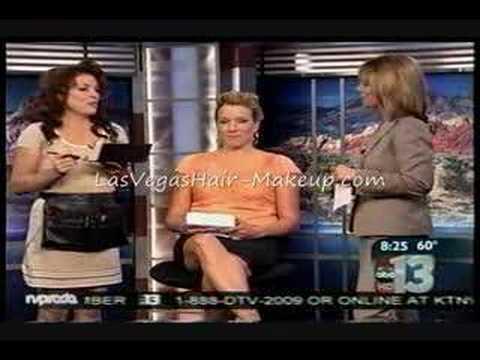 Las Vegas' own Make-Up Artist Diva demonstrates