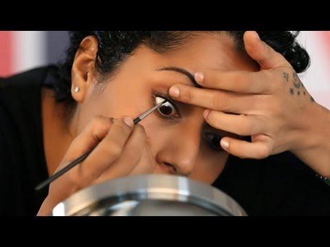 Makeup Tricks: LUSCIOUS LASHES WITHOUT MASCARA