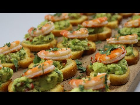 Smashed Spiced Avocado & Prawn Crostini Recipe - Woolworths