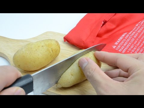 Easy How To Bake a Potato in the Microwave Only 4 Minute