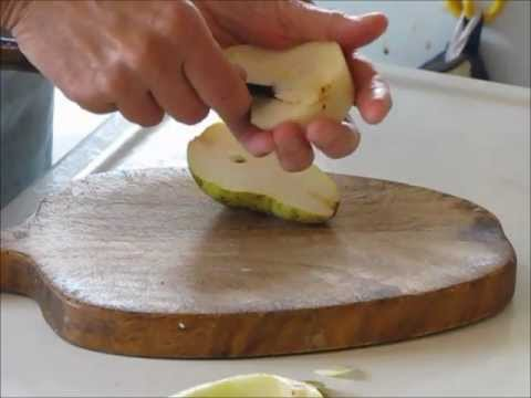 How to Prepare Perfect Pear Halves