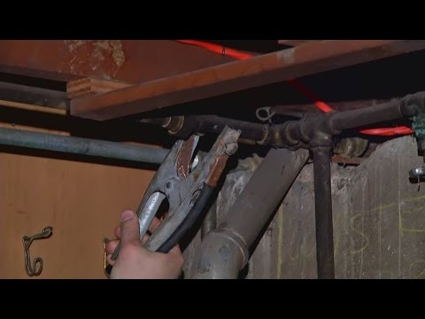 Experts use a variety of tools to combat frozen pipes.