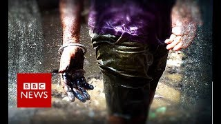 Unblocking India's sewers... by hand - BBC News